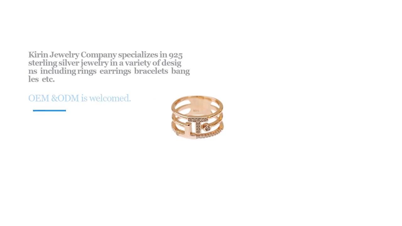 OEM 925 Sterling Silver CZ Žensko pismo prsten sa pozlaćenim ružama 103979W-1