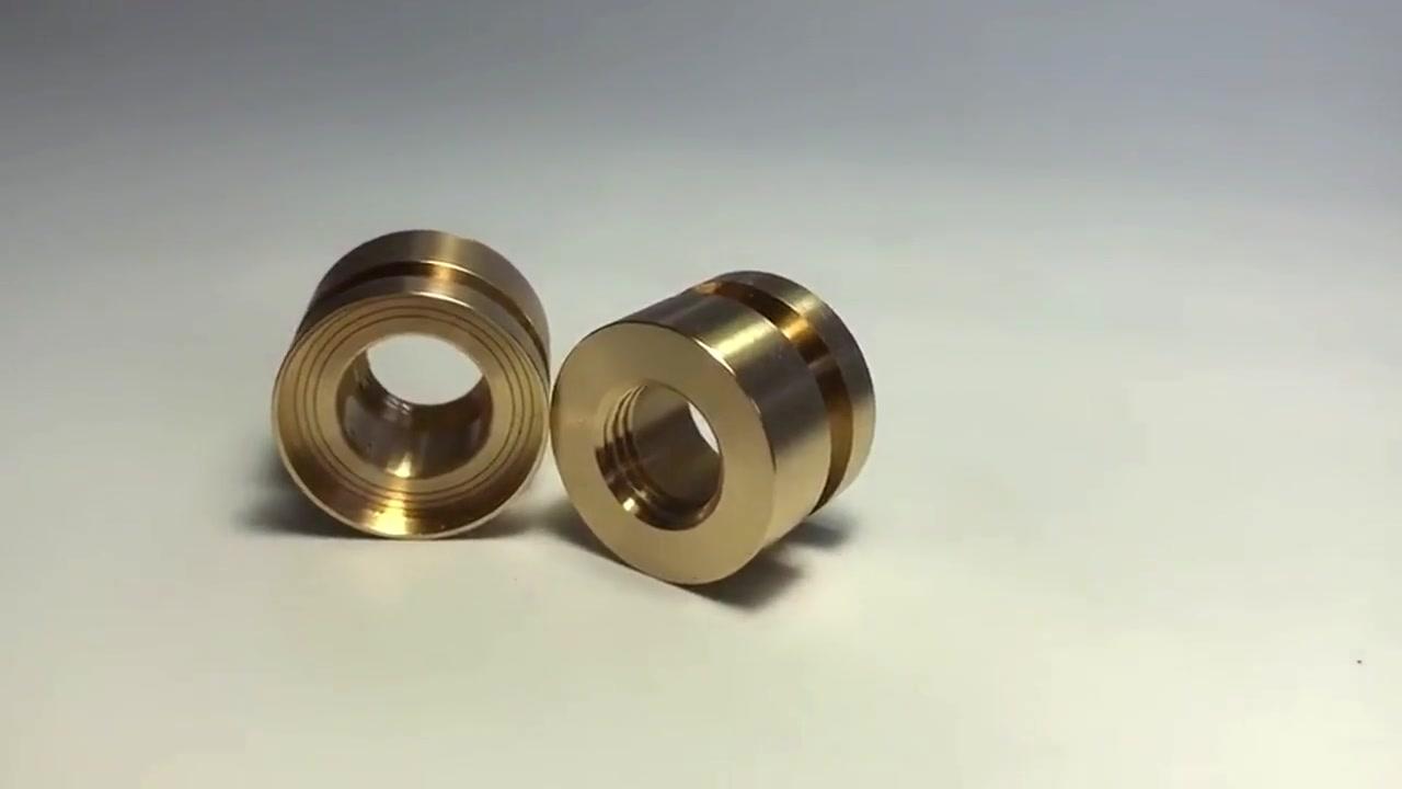 カスタマイズされたアルミニウム真ちゅうステンレス鋼PVCPOM ACETAL PTFE CNC