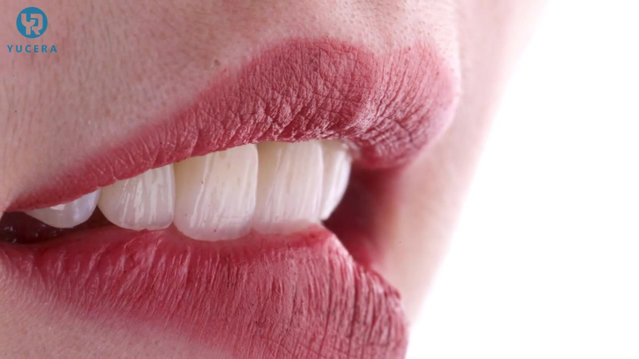 Yucera's 3D Plus Multilayer Zirconia Block полностью соответствует потребностям клиентов лаборатории зубов. Улыбка так просто!
