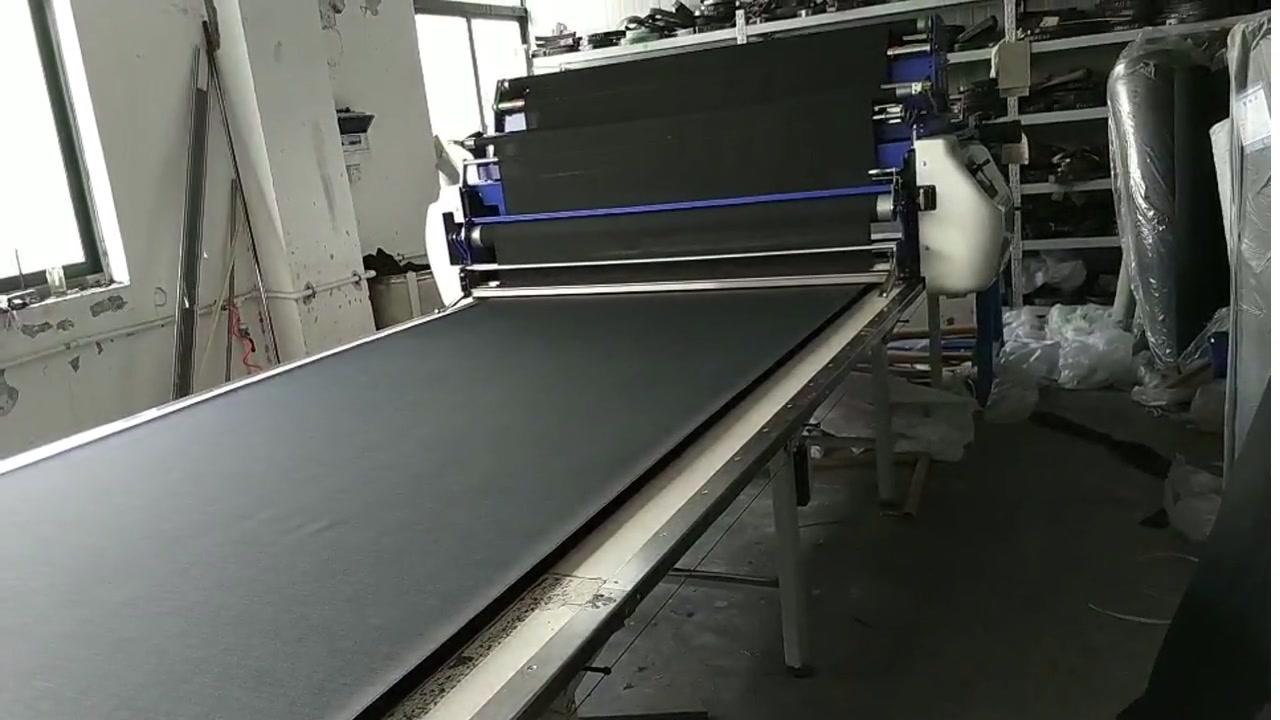 Black Woven Fabric Spreading