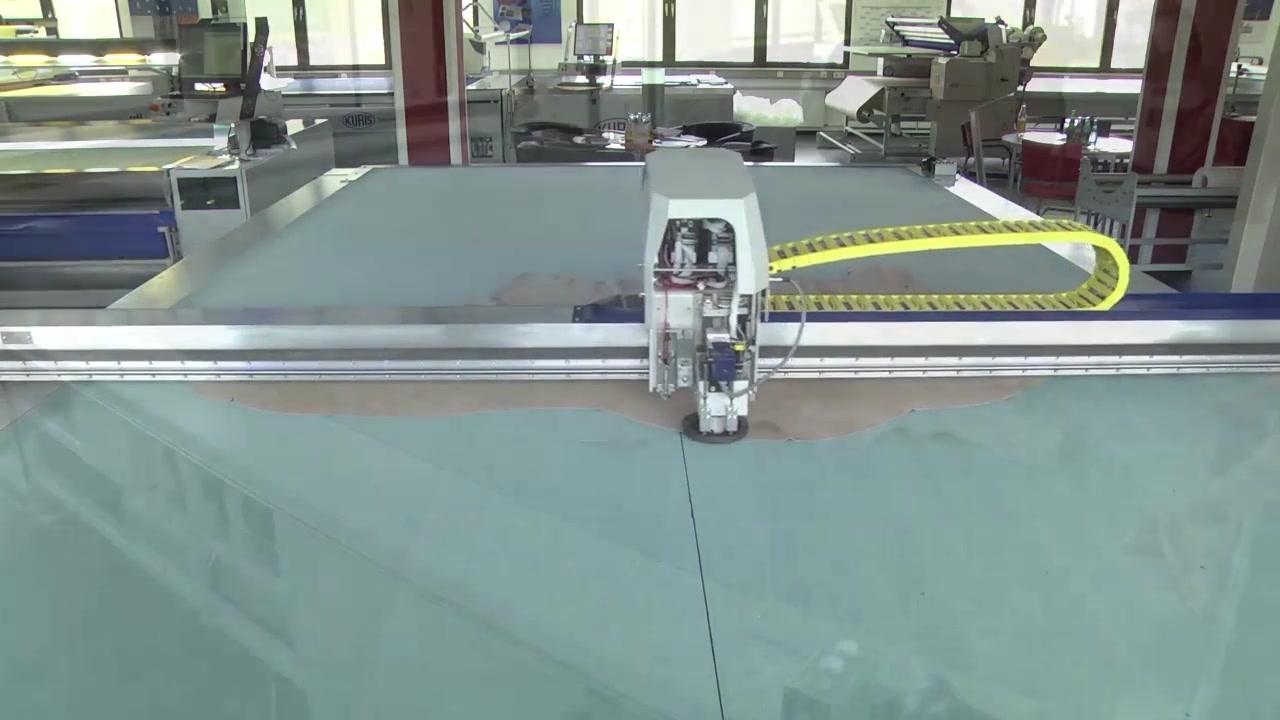 Kuris Cutting machine-3